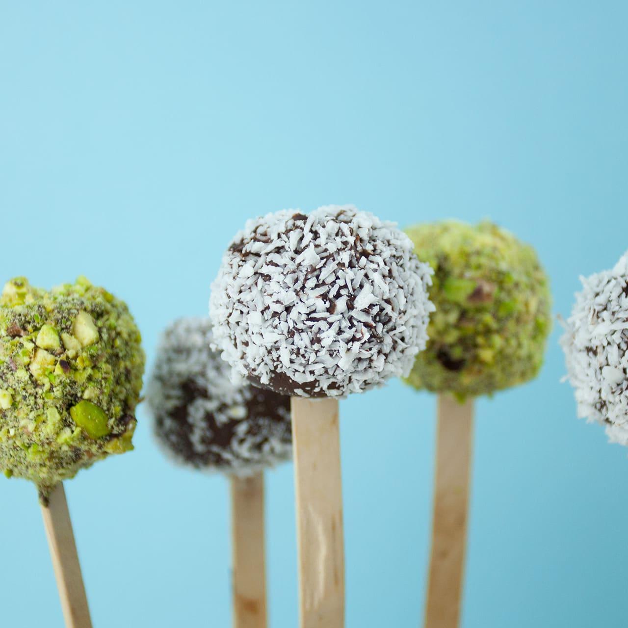 No-Bake Cookie Dough Pops