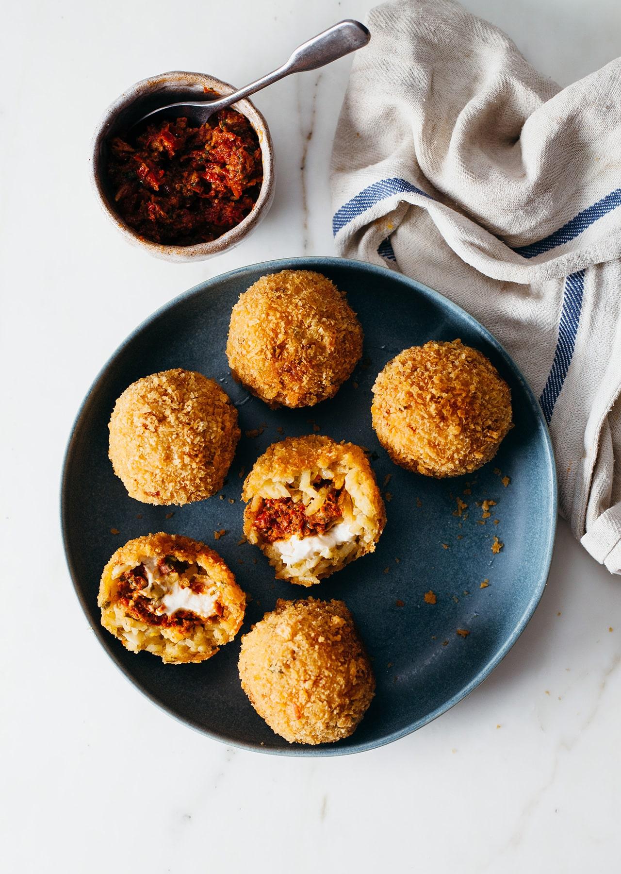Vegan Sun-dried Tomato Pesto Cream Cheese Arancini Balls Recipe