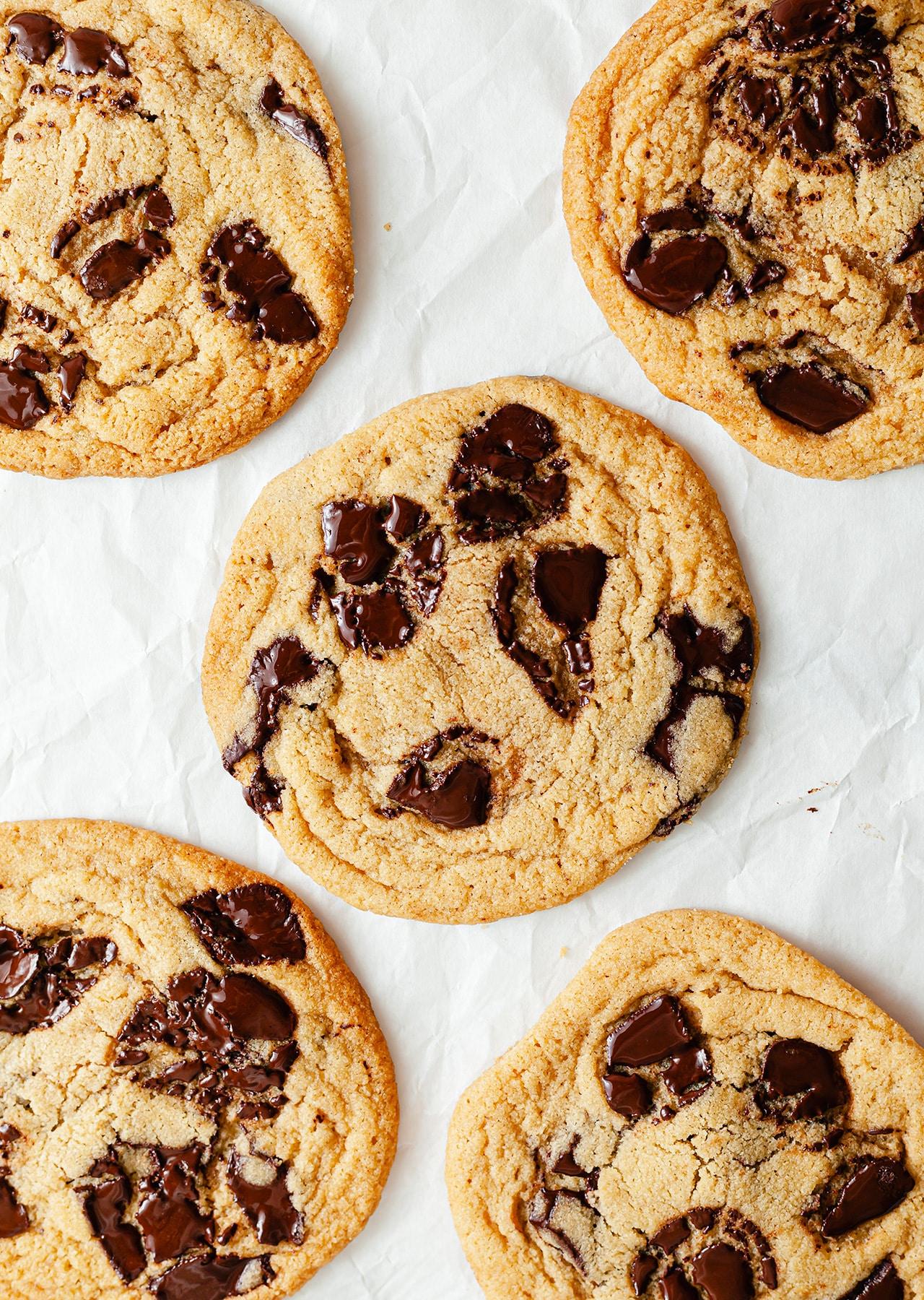 4-Ingredient Vegan Cookies Chocolate Chip Recipe