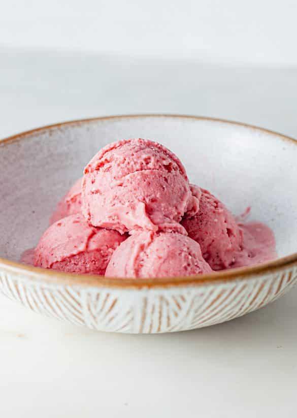 Vegan Strawberry Nice Cream Recipe