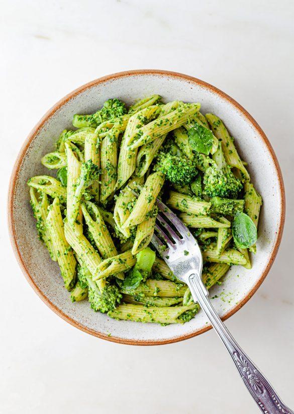 Vegan Kale Pesto Super Green Pasta Recipe